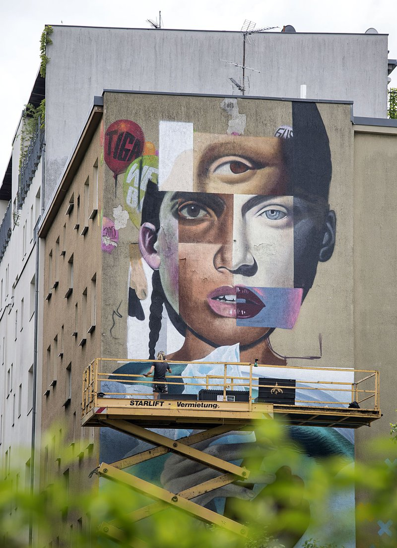 ONE WALL by Elle / Berlin, Germany