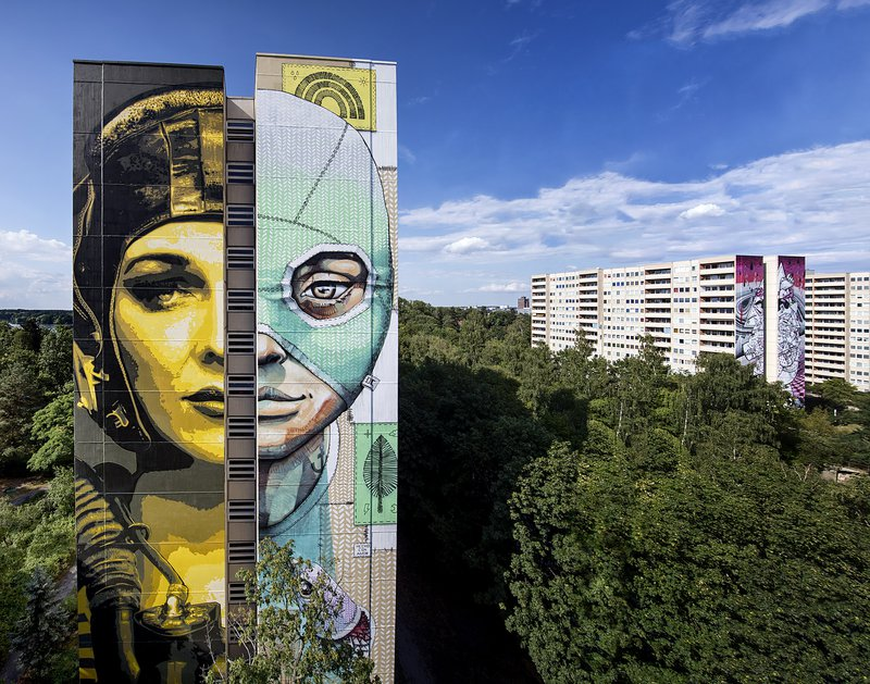 ONE WALL by Tankpetrol and Queenkong / Berlin, Germany